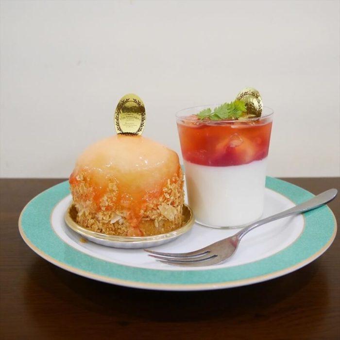 レザネフォールの人気メニュー/桃のケーキとゼリー
