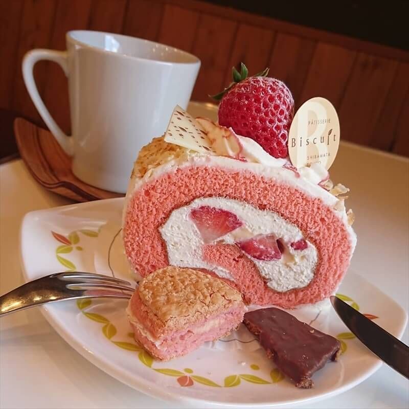 ビスキュイの人気メニュー/女峰苺のロールケーキ