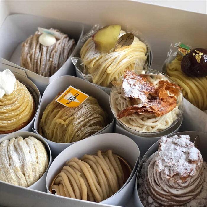 パティシェリアのテイクアウトケーキ
