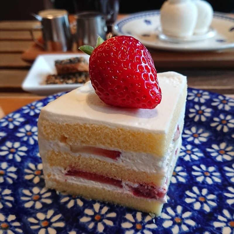 ラヴィアンレーヴの人気メニュー/苺のケーキ
