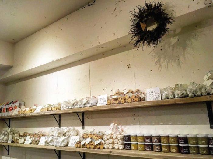 サンデーベイクショップ/幡ヶ谷店の焼き菓子コーナー