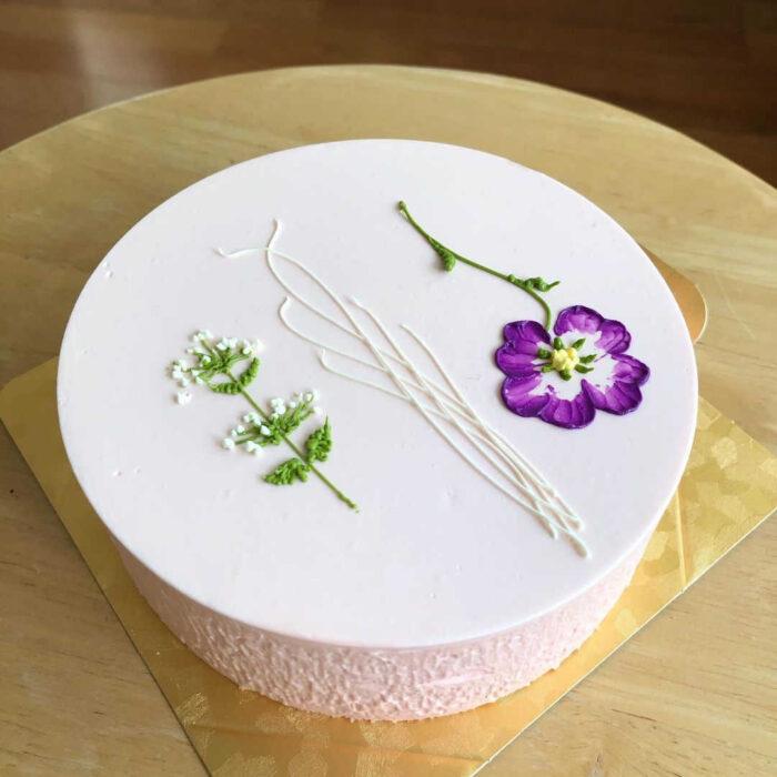 パーラーローレルのホールケーキ